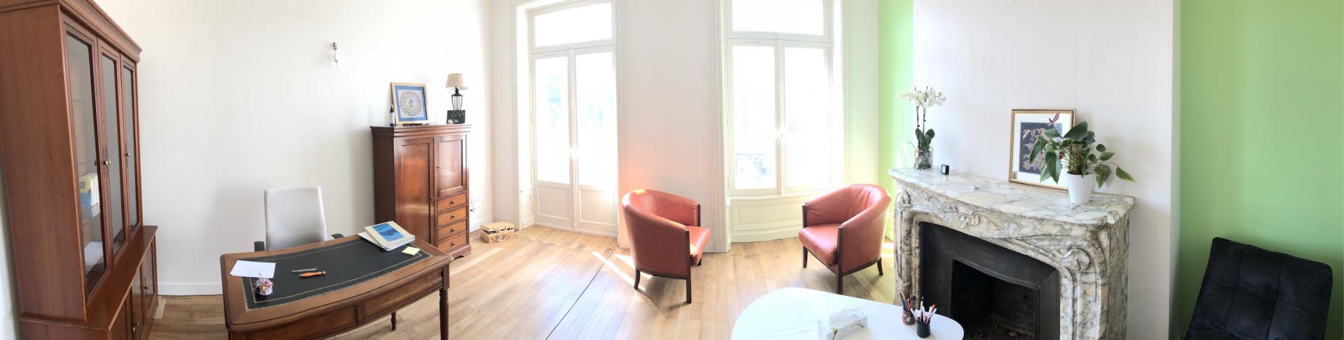 Un des bureaux de l'espace Raphael
