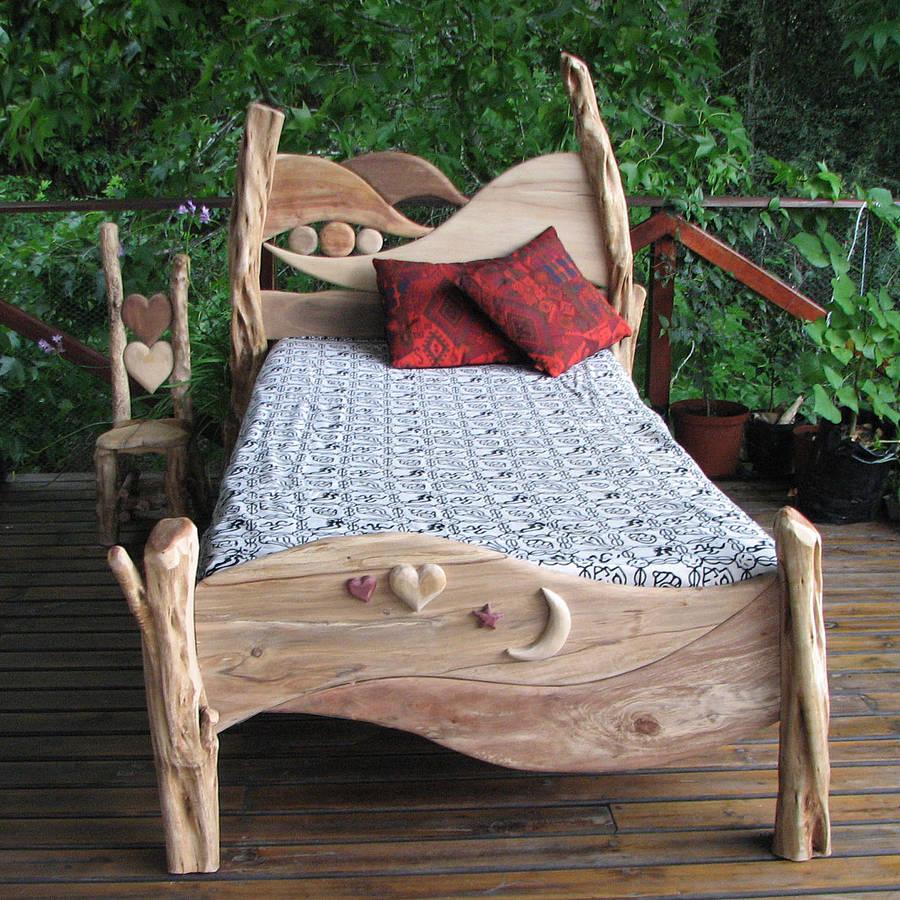 lit en bois flotté